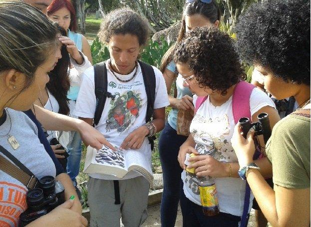 20 estudiantes del Colegio Universitario de Caracas realizaron el «Taller básico de observación e identificación de aves» de Audubon de Venezuela